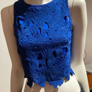 Lace crop top from Valley Girl size small